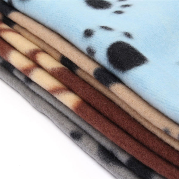 2016 New 70 x 60cm Cute Floral Pet Sleep Warm Paw Print Dog Cat Puppy Fleece Soft Blanket Beds Mat