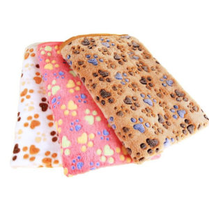 3 Color Cute Floral Pet Cat Sleep Warm Paw Print Dog Cat Puppy Fleece Soft Dog Blanket Pet Dog Beds Mat for dogs 40 X 60cm