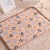 3 Color Cute Floral Pet Sleep Warm Paw Print Dog Cat Puppy Fleece Soft Dog Blanket Pet Dog Beds Mat 40 X 60cm 4