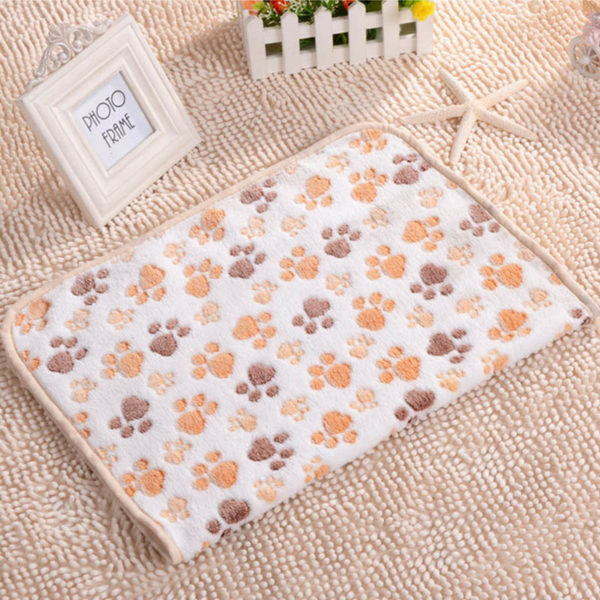 3 Color Cute Floral Pet Sleep Warm Paw Print Dog Cat Puppy Fleece Soft Dog Blanket Pet Dog Beds Mat 40 X 60cm
