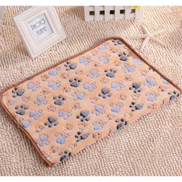 Fine joy Pets Bed Mats Soft Fleece Warm Blanket Pets Cat Dog Sleeping Mats Paw Printing Puppy Teddy Beds Mats