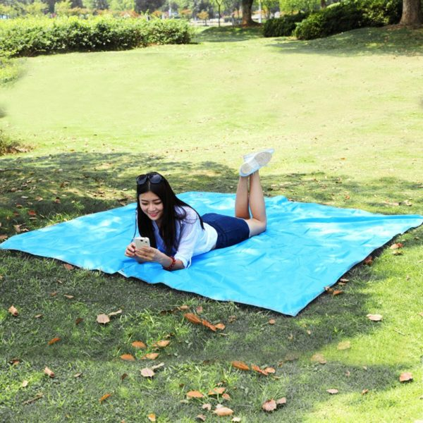 Outdoor 4 Colors Camping Waterproof Foldable Picnic Mat Sand Free Blanket Pad for Beach Tent Hiking+Storage Bag