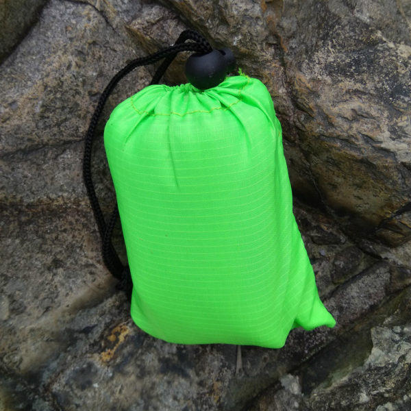 Portable Ultra-thin Folding Pocket Blanket Camping Waterproof Blanket Outdoor Fishing SandBeach Mat picnic Self-driving Trave