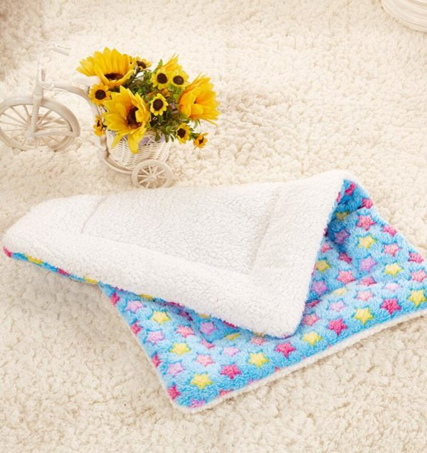 Star Winter Pet Blanket for Small Cats Dogs Thick Sleep Mat Pet Dog Cat Puppy Kitten Puppy Pet Blanket  3 Color 4 Size