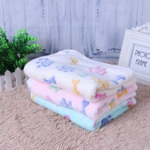 Winter Warm Soft Coral Velvet Pet Blanket Dog Cat Sleep Mat Dog Bone Paw Print Pet Bed Mats Puppy Cushion for Small Dogs